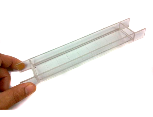 Transparent methacrylate 180 x 40-mm rectangular tray